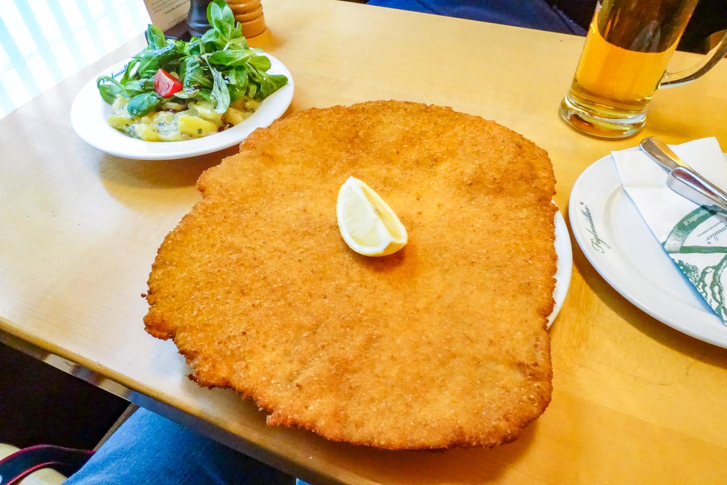 Wiener Schnitzel van Figlmüller